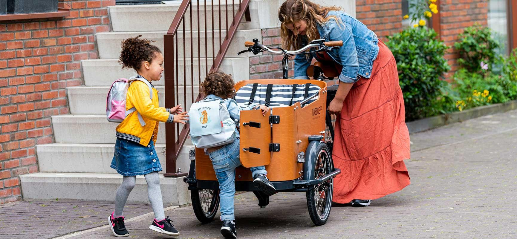 10 façons dont un vélo biporteur ou vélo triporteur peut améliorier votre vie de famille