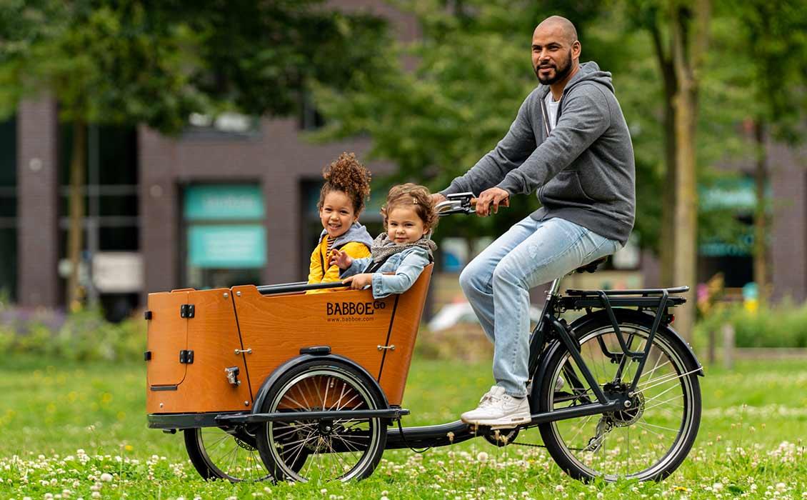 Vélo cargo avec moteur de roue arrière
