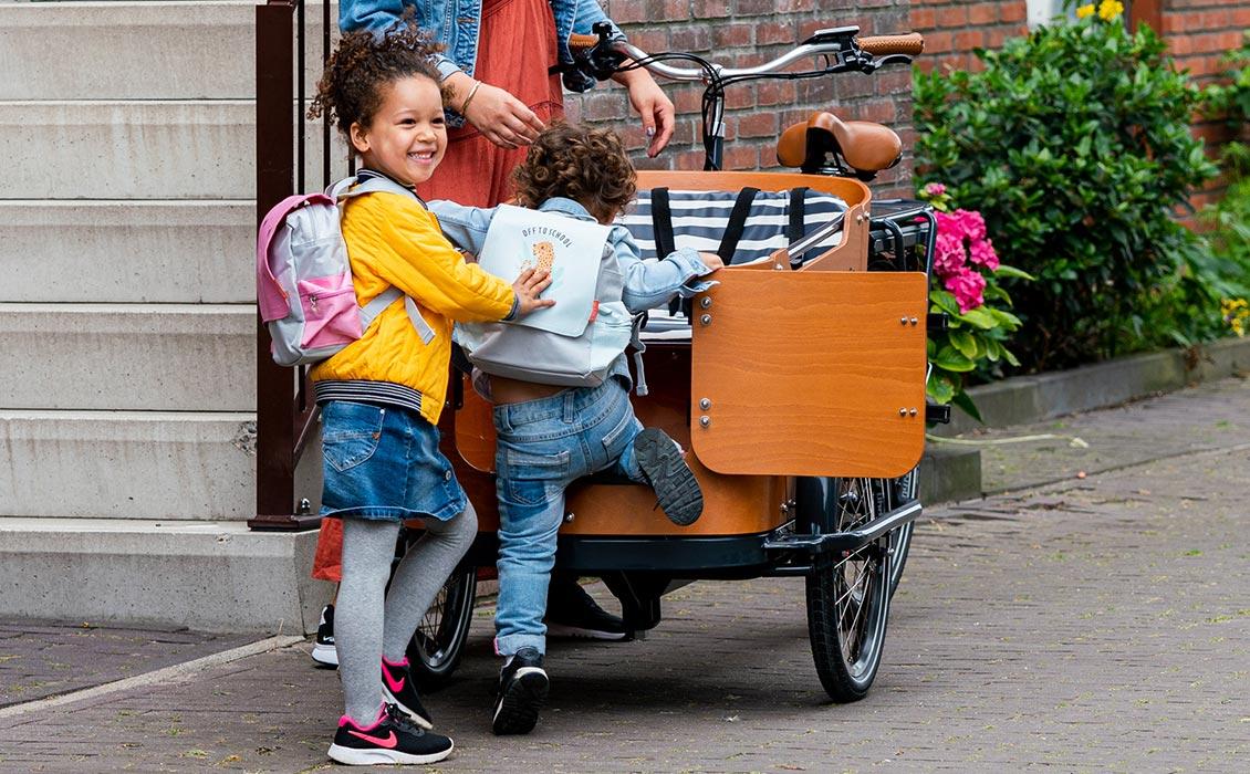 Triporteur vélo avec porte